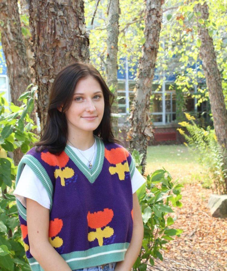 Phoebe Swetish