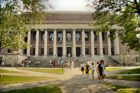 How is the Pandemic Affecting College Freshmen?